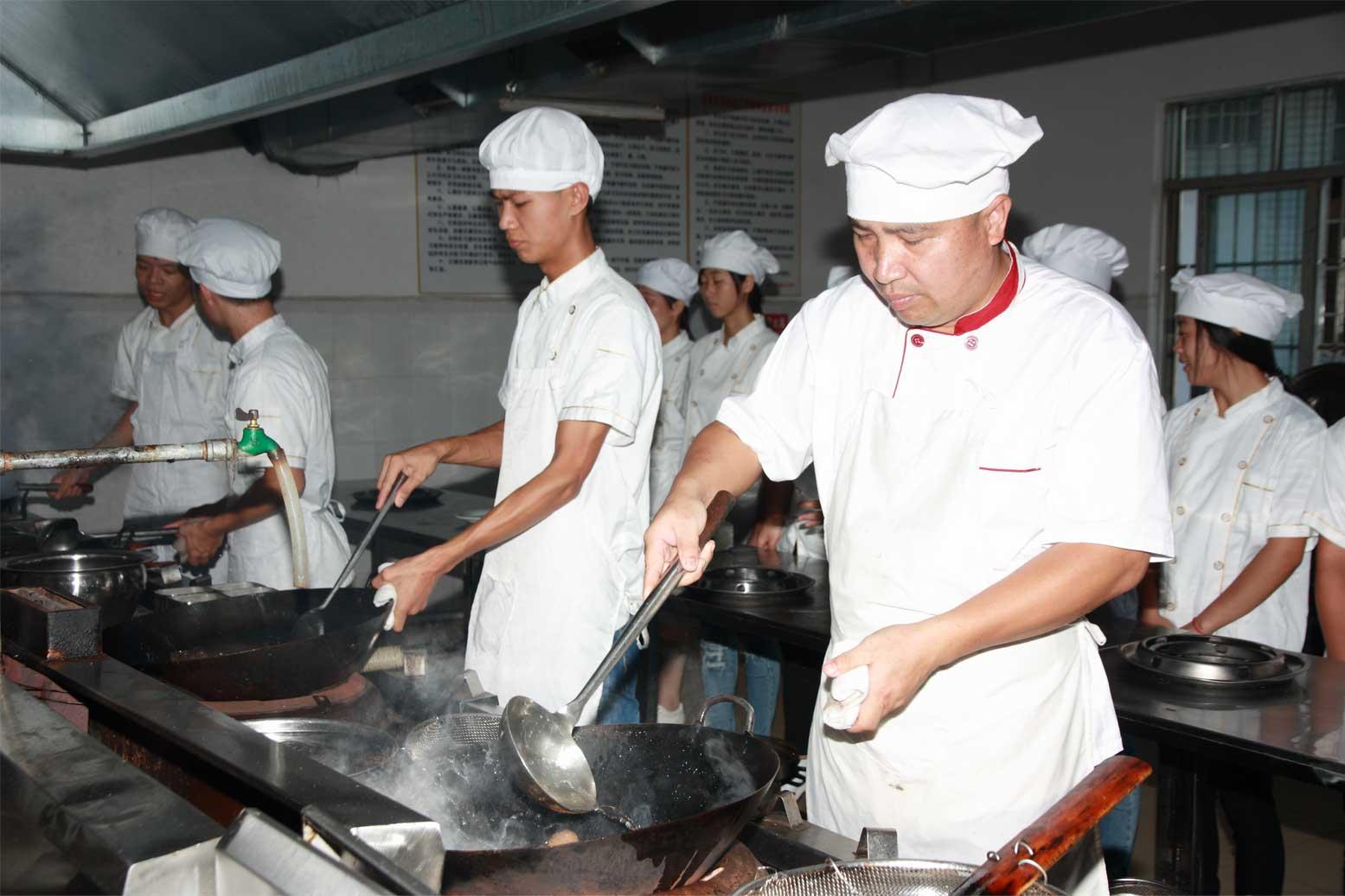 烹饪 (中式烹调方向)(就业市场热门专业)